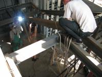 6.07.12. Электросваривание каркаса под лестницу(2-ая секция).jpg
